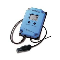 Konduktivitetsmätare väggmodell 3999µS/cm