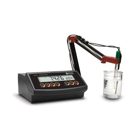 pH-mätare Bänkmodell HI-2211 pH/Temp/mV